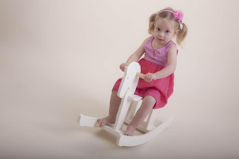 שמונה טיפים לצילום ילדים ותינוקות בבית