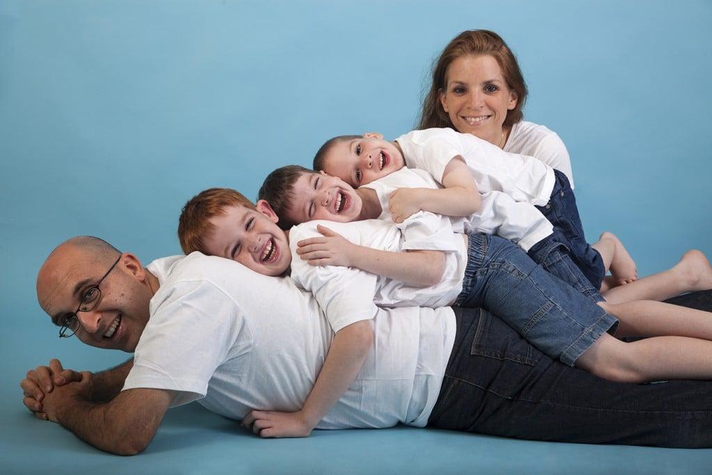 צילומי משפחה בסטודיו גיל לוין משפחת כהן ציון (1)