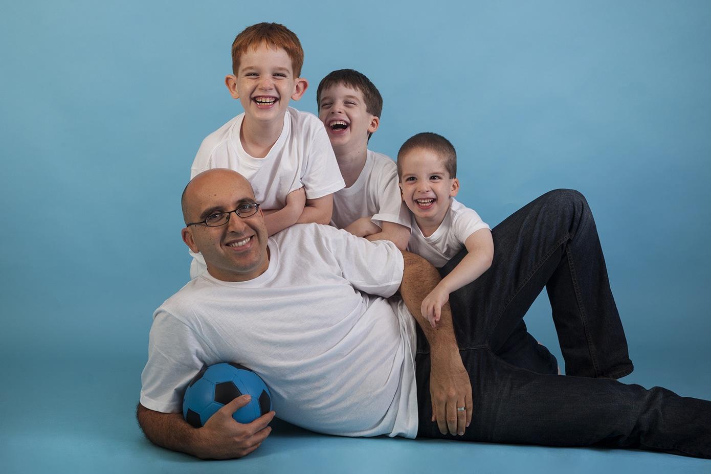 צילומי משפחה בסטודיו גיל לוין משפחת כהן ציון (2)