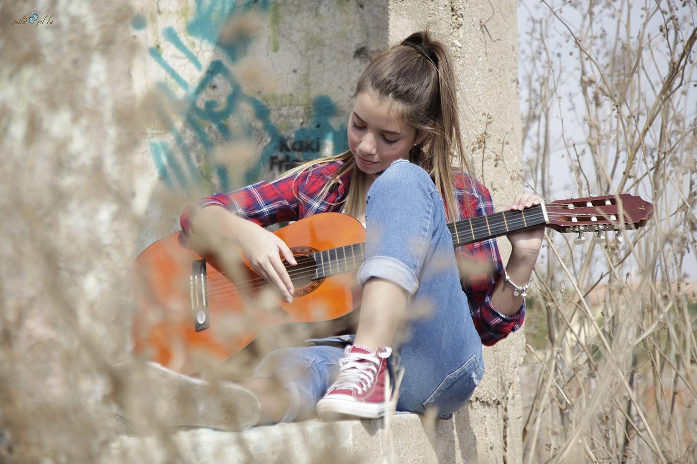 עידית וליאור קמפינסקי - בוק בת מצווה לליאור - סטודיו גיל לוין (17)