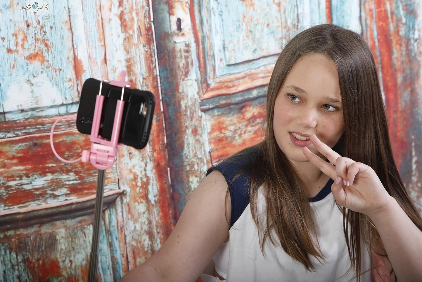 ליהיא 12- בוק בת מצווה גיל לוין (3)