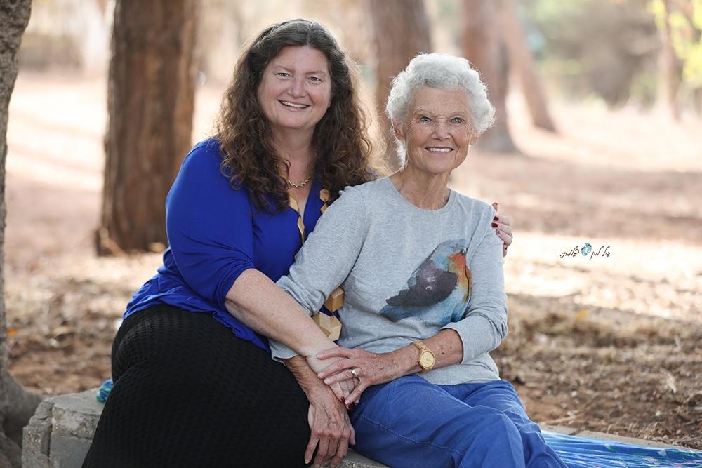 אם ובת צילום גיל לוין (4)